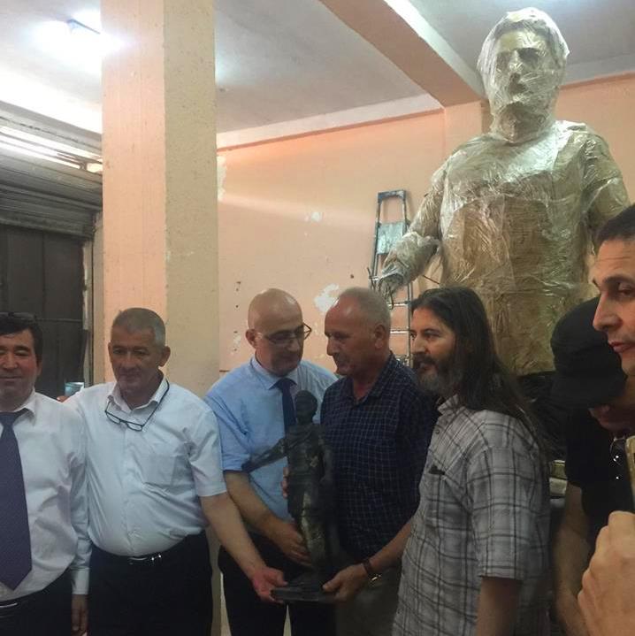 El Watan - Si Hachemi Assad, SG du HCA, à Beni Douala : «On doit veiller sur les aspects historiques de la statue Massinissa»
